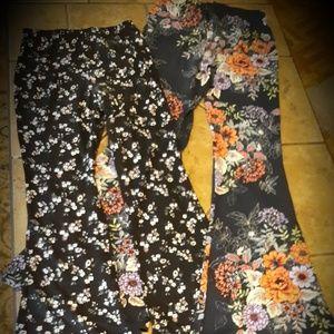 🍃bundle of floral patterned knit flare leggings🍃